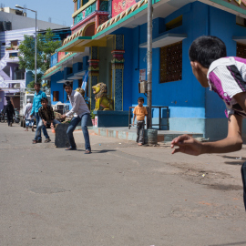 gully-cricket-hyderabad_web